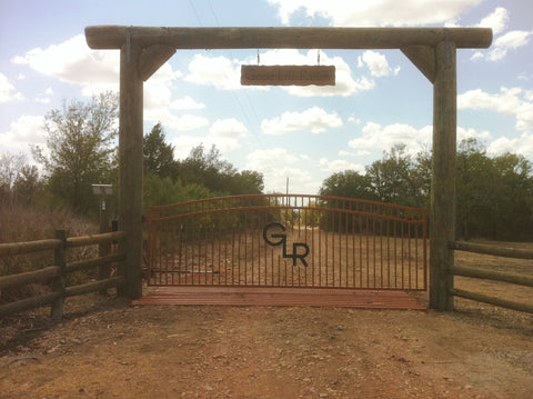 Hill country fence and ranch fencing cattle guards for Ranch entrances ideas