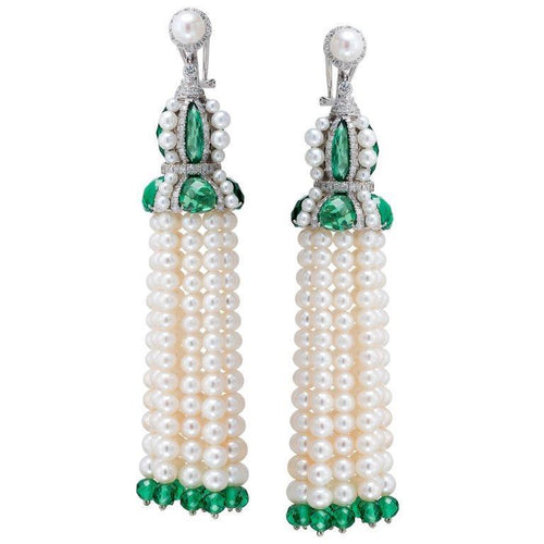 18K Pearl Pendant With Emerald And White Diamonds