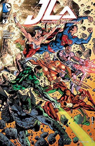 Justice League Of America #7 (Bryan Hitch Regular Cover)