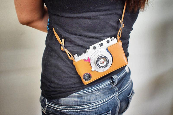 Gizmon iCA iPhone 5 Cover & Strap
