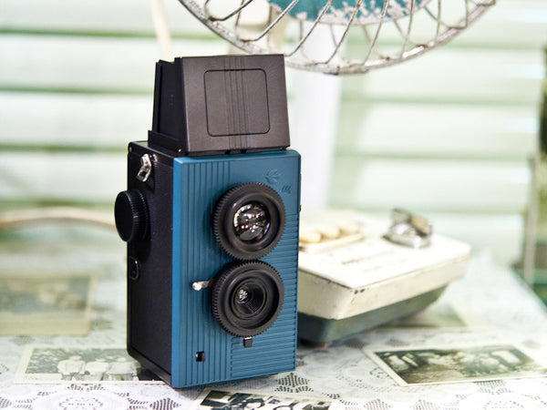 SuperHeadz Blackbird Fly TLR Camera