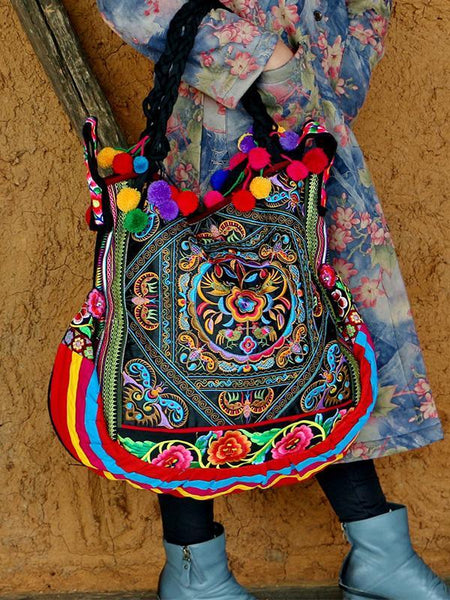 Wholesale Vintage Ethnic Style Floral Embroidery Shoulder Bag
