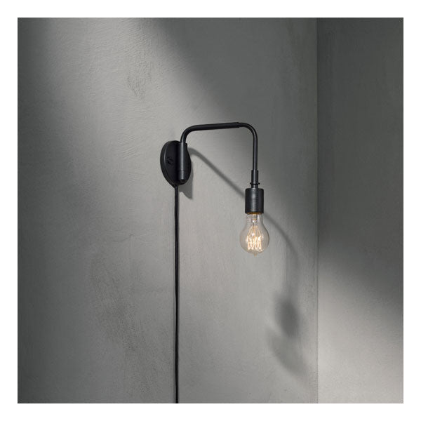 Tribeca Staple Wall Lamp Black by Søren Rose for Menu