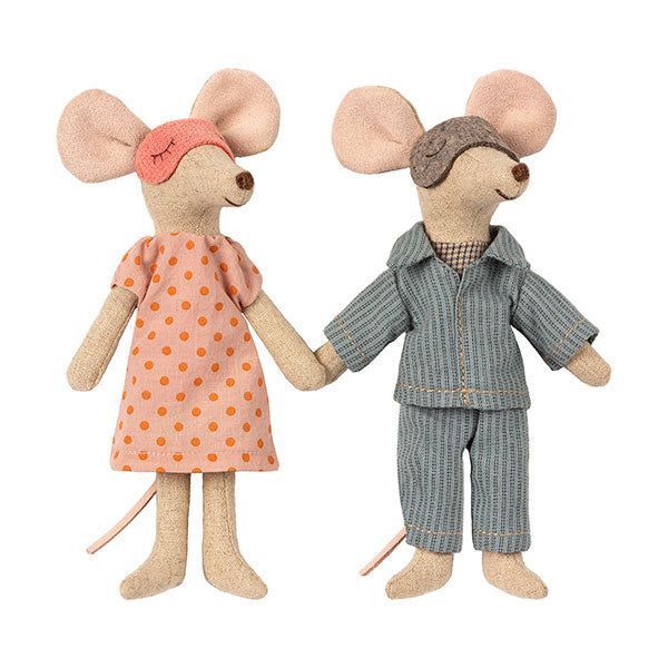 Mum and Dad Mice in Cigar Box by Maileg
