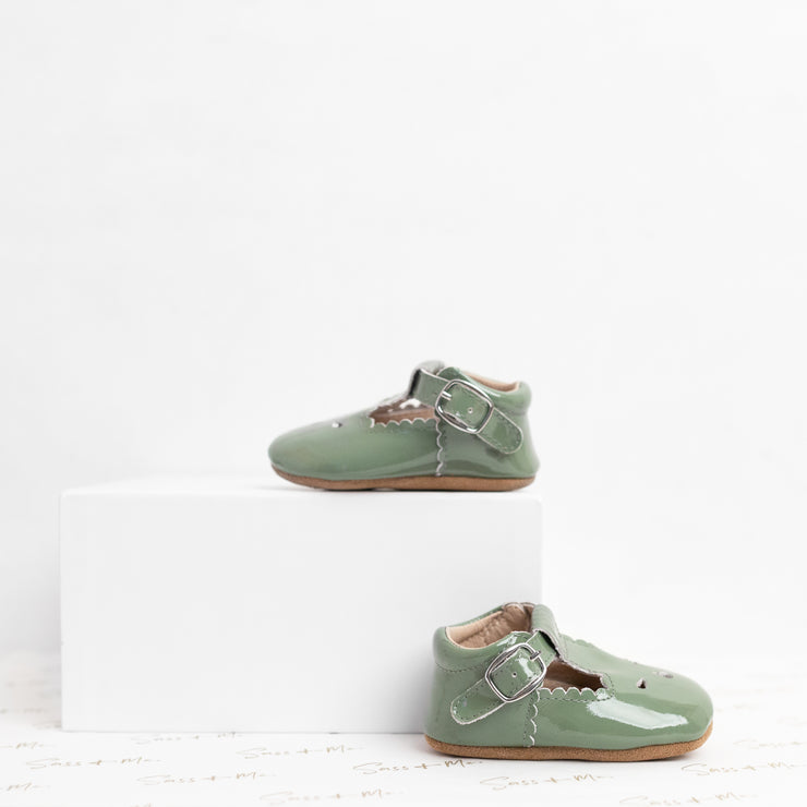 Scallop T Bars - Patent Green