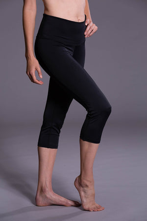 onzie WOMENS CAPRIS ONZIE High Rise Capri - Black