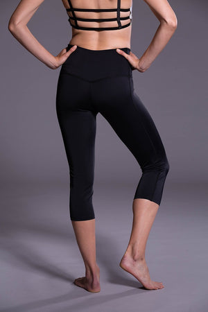 WOMENS CAPRIS ONZIE High Rise Capri - Black