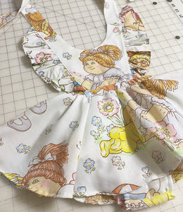 Vintage cabbage patch pinafore