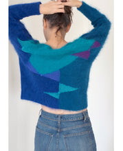 Load image into Gallery viewer, Bow sweater - hand knitted