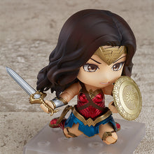 Load image into Gallery viewer, DC Nendoroid 818 Wonder Woman