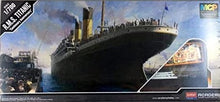 Load image into Gallery viewer, 1/700 RMS Titanic
