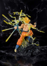 Load image into Gallery viewer, DBZ Figuarts Zero Burning Battles Super Saiyan Son Gokou
