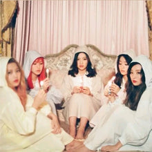 Laden Sie das Bild in den Galerie-Viewer, Red Velvet [The Velvet] 2.nd Mini Album