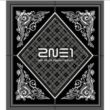 Laden Sie das Bild in den Galerie-Viewer, 2NE1 [Nolza!] 1.st Live Concert Album
