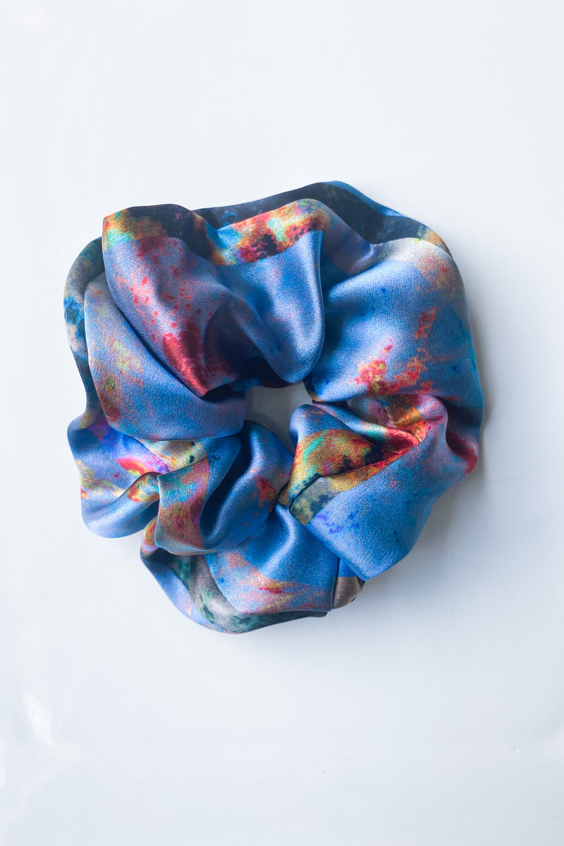 The Faultine Florencia Scrunchie