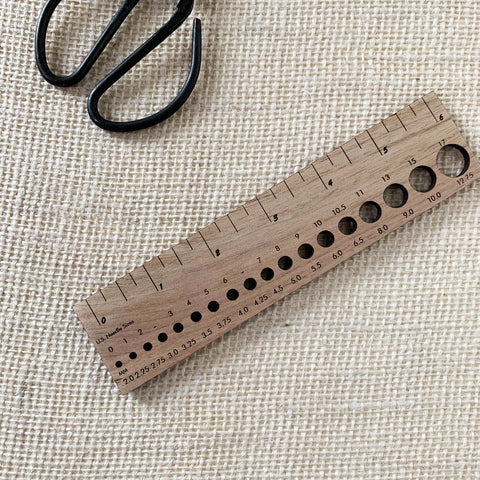 Wooden gauge ruler