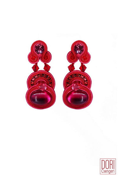Elicit Must Have Earrings