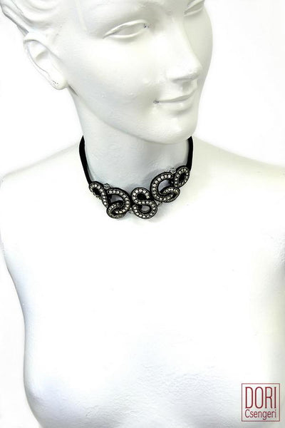 Nightlight Elegant Choker