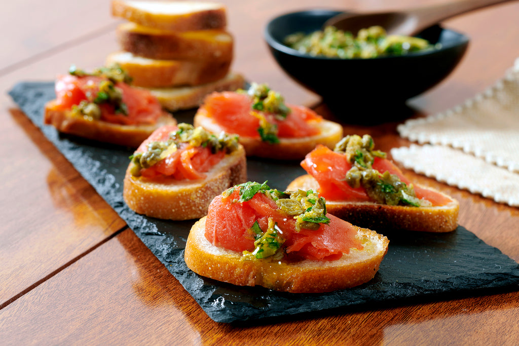 Botticelli Smoked Salmon Crostini