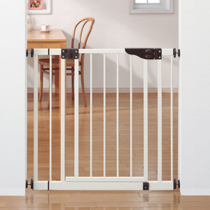 Nihon Ikuji Extra Safe Metal Safety Gate (Standard Version)