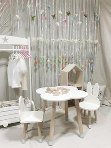 FIJN Clouds Play Table & Matching Play Chairs