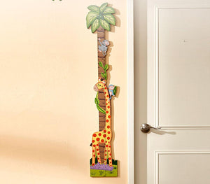 Fantasy Fields Giraffe Measuring Chart