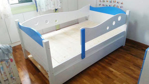 Oslo Little Whale Low Bed with Pullout