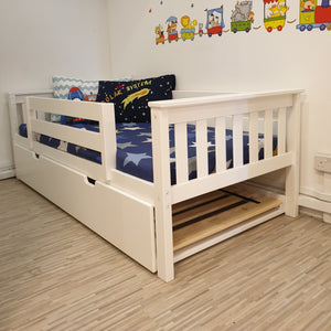 Oslo Classic Low Bed with Pullout