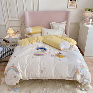 SNUGGLE Rainbows & Clouds Bedsheet Set (Queen / King)