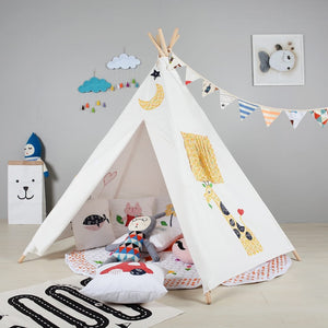 PETIT Moon Teepee With Mat and Lights
