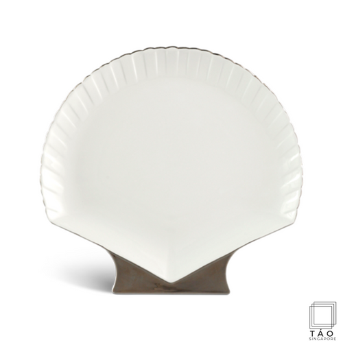 Fish & Clam: Shell Shaped Plate (31cm) (4802853830756)