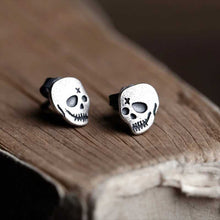 Load image into Gallery viewer, Cycolinks 925 Sterling Silver Punk Skull Earrings - Cycolinks