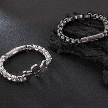 Load image into Gallery viewer, Cycolinks Skull & Driver Chain Bracelet - Cycolinks