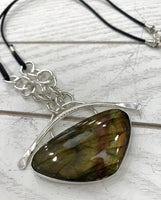 Royalty labradorite necklace