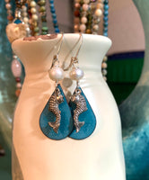 Here Fishy earrings