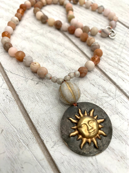 Sunny vibes necklace