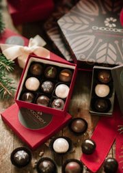 9 Piece Holiday Gift Box