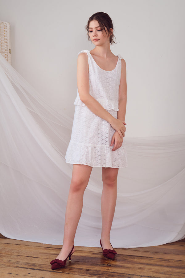 Vernie Lace Dress