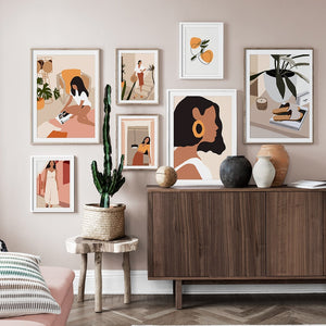 Caramel Queen With a Hat Canvas Print - Burnt Spaces
