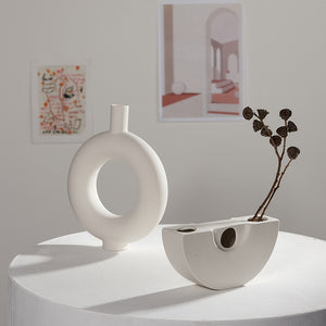 Sheena's Ceramic Vases - Burnt Spaces
