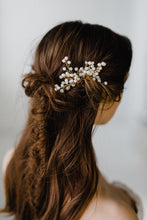 Load image into Gallery viewer, Gold Bridal Hair Pin