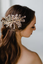 Load image into Gallery viewer, Crystal Bridal Comb