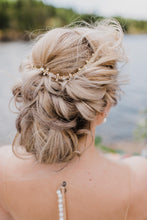 Load image into Gallery viewer, Gold Bridal Headband