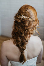 Load image into Gallery viewer, Gold Bridal Leaf Comb