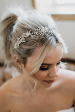 Load image into Gallery viewer, Crystal Bridal Headpiece