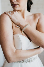 Load image into Gallery viewer, Bridal Bracelet