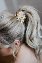 Load image into Gallery viewer, Bridal Hair Wreath