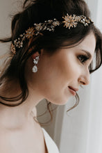 Load image into Gallery viewer, Crystal Bridal Earrings