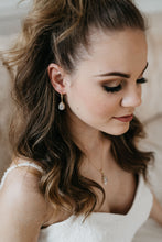 Load image into Gallery viewer, Gold Bridal Earrings