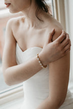 Load image into Gallery viewer, Gold Wedding Bracelet